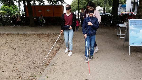 """Die """"Perspektivwechsel""""-Initiative zeigt die Barrieren für Sehbehinderte Menschen"""